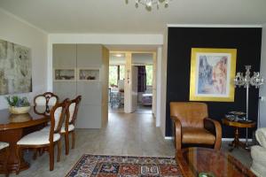 Bekijk appartement te huur in Delft Roland Holstlaan, € 1400, 75m2 - 376984. Geïnteresseerd? Bekijk dan deze appartement en laat een bericht achter!