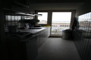 For rent: Room Westduinweg, Den Haag - 1