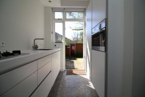 Bekijk appartement te huur in Groningen Paterswoldseweg: Luxe afgewerkte benedenwoning - € 1795, 100m2 - 341089