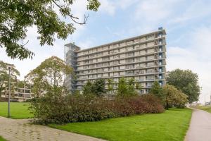 Bekijk appartement te huur in Rotterdam C. Heinricksestraat, € 825, 69m2 - 351205. Geïnteresseerd? Bekijk dan deze appartement en laat een bericht achter!