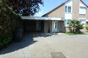 Bekijk woning te huur in Eindhoven Heraultlaan, € 1650, 240m2 - 342974. Geïnteresseerd? Bekijk dan deze woning en laat een bericht achter!
