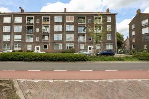 Bekijk appartement te huur in Vlaardingen Parallelweg: Personeelshisvesting  - € 1950, 80m2 - 355069