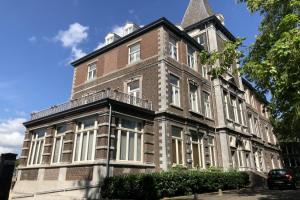 Bekijk appartement te huur in Maastricht Professor Pieter Willemsstraat, € 2000, 123m2 - 372899. Geïnteresseerd? Bekijk dan deze appartement en laat een bericht achter!