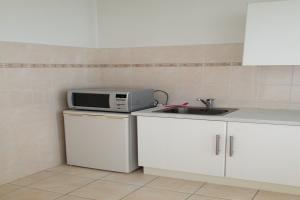 For rent: Apartment Parallelweg, Vlaardingen - 1
