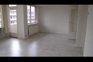 Bekijk appartement te huur in Apeldoorn Koning Lodewijklaan, € 700, 90m2 - 333600. Geïnteresseerd? Bekijk dan deze appartement en laat een bericht achter!