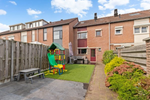 Bekijk woning te huur in Roosendaal Chaletberg, € 950, 95m2 - 359267. Geïnteresseerd? Bekijk dan deze woning en laat een bericht achter!