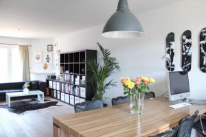 Bekijk appartement te huur in Amsterdam Admiraal de Ruijterweg, € 1500, 70m2 - 371515. Geïnteresseerd? Bekijk dan deze appartement en laat een bericht achter!