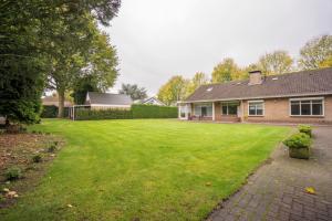 Bekijk woning te huur in Tilburg Gounodlaan: Grote villa met dubbele garage - € 1595, 230m2 - 355082