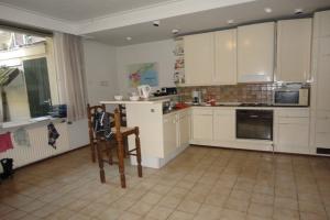 Bekijk kamer te huur in Zwolle Spoelstraat, € 460, 18m2 - 395907. Geïnteresseerd? Bekijk dan deze kamer en laat een bericht achter!