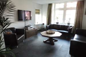 View house for rent in Apeldoorn Koperweg, € 1250, 113m2 - 378737. Interested? check out this house and leave a message!