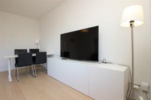 Bekijk appartement te huur in Amsterdam Burgemeester Cramergracht, € 1400, 59m2 - 387892. Geïnteresseerd? Bekijk dan deze appartement en laat een bericht achter!