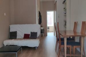 Bekijk appartement te huur in Rotterdam Opzoomerstraat, € 820, 50m2 - 364797. Geïnteresseerd? Bekijk dan deze appartement en laat een bericht achter!