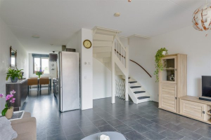 View house for rent in Almere Osirispad, € 1300, 71m2 - 368801. Interested? check out this house and leave a message!