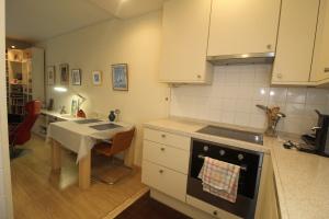 Bekijk appartement te huur in Den Haag Granaathorst, € 960, 55m2 - 376652. Geïnteresseerd? Bekijk dan deze appartement en laat een bericht achter!