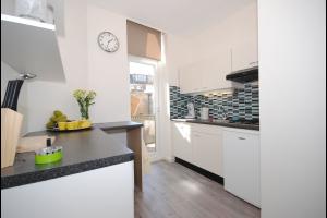 Bekijk appartement te huur in Den Haag Zandvoortstraat, € 895, 60m2 - 327371. Geïnteresseerd? Bekijk dan deze appartement en laat een bericht achter!