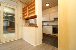 View house for rent in Den Haag Haverschmidtstraat, € 1250, 109m2 - 382109. Interested? check out this house and leave a message!