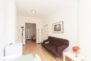 Bekijk kamer te huur in Rotterdam Honingerdijk, € 1000, 30m2 - 385225. Geïnteresseerd? Bekijk dan deze kamer en laat een bericht achter!