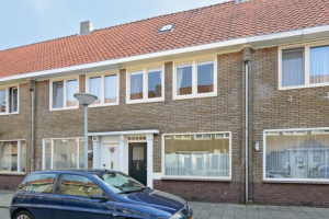 Bekijk woning te huur in Eindhoven Margrietstraat, € 1450, 110m2 - 373877. Geïnteresseerd? Bekijk dan deze woning en laat een bericht achter!