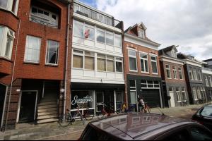 Bekijk appartement te huur in Groningen Westerbinnensingel, € 950, 45m2 - 320235. Geïnteresseerd? Bekijk dan deze appartement en laat een bericht achter!