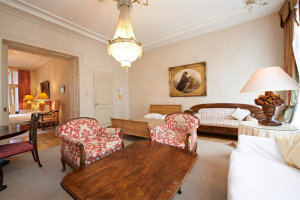 Bekijk appartement te huur in Amsterdam E.C. Huygensstraat, € 2500, 90m2 - 361518. Geïnteresseerd? Bekijk dan deze appartement en laat een bericht achter!