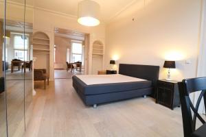 Bekijk appartement te huur in Den Haag Noordeinde, € 1395, 75m2 - 380147. Geïnteresseerd? Bekijk dan deze appartement en laat een bericht achter!
