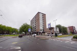 Bekijk appartement te huur in Rotterdam Vondelweg: Ruim 2-kamerappartement  - € 895, 63m2 - 345433