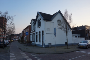 View house for rent in Hengelo Ov Oude Molenweg, € 1000, 90m2 - 368913. Interested? check out this house and leave a message!