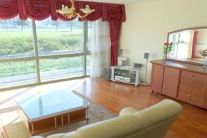 Bekijk appartement te huur in Den Haag Gaslaan, € 1500, 135m2 - 386088. Geïnteresseerd? Bekijk dan deze appartement en laat een bericht achter!