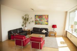 Bekijk appartement te huur in Soest Veenbesstraat, € 1299, 105m2 - 368610. Geïnteresseerd? Bekijk dan deze appartement en laat een bericht achter!