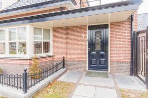 Bekijk woning te huur in Sint-Michielsgestel Zandstraat, € 1495, 180m2 - 375907. Geïnteresseerd? Bekijk dan deze woning en laat een bericht achter!
