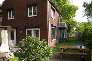 View house for rent in Nijmegen Schependomlaan, € 1800, 180m2 - 373481. Interested? check out this house and leave a message!