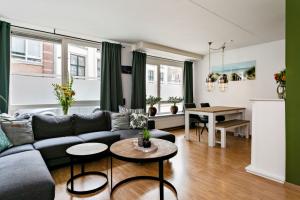 Bekijk appartement te huur in Deventer Graaf van Burenstraat, € 895, 65m2 - 378445. Geïnteresseerd? Bekijk dan deze appartement en laat een bericht achter!